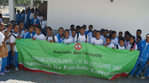"About one thousand students from elementary to secondary levels from Bobonaro, Aileu, and Liquiça districts participate in the Anti-Corruption Commission (CAC) seminars on the role of CAC in combating corruption with a theme ""Together We Fight Corruption"""